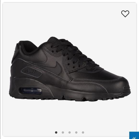 save off 11047 ab208 Black on black Nike Air Max 90